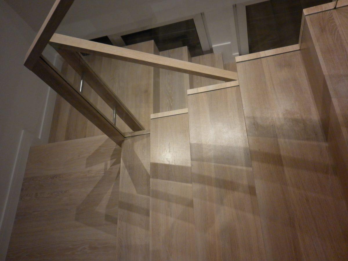 schody dębowe od boku Wałbrzych