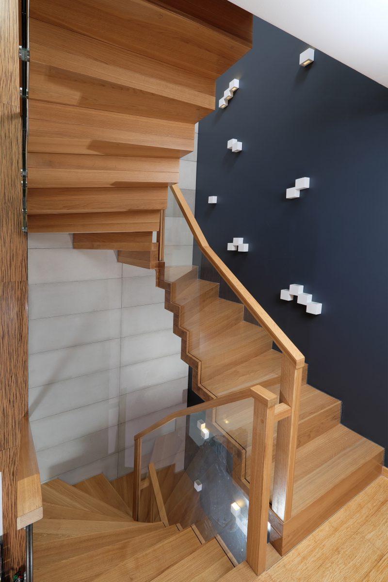 schody dębowe zawijane Wałbrzych