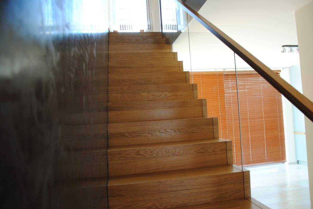 schody dębowe wałbrzych