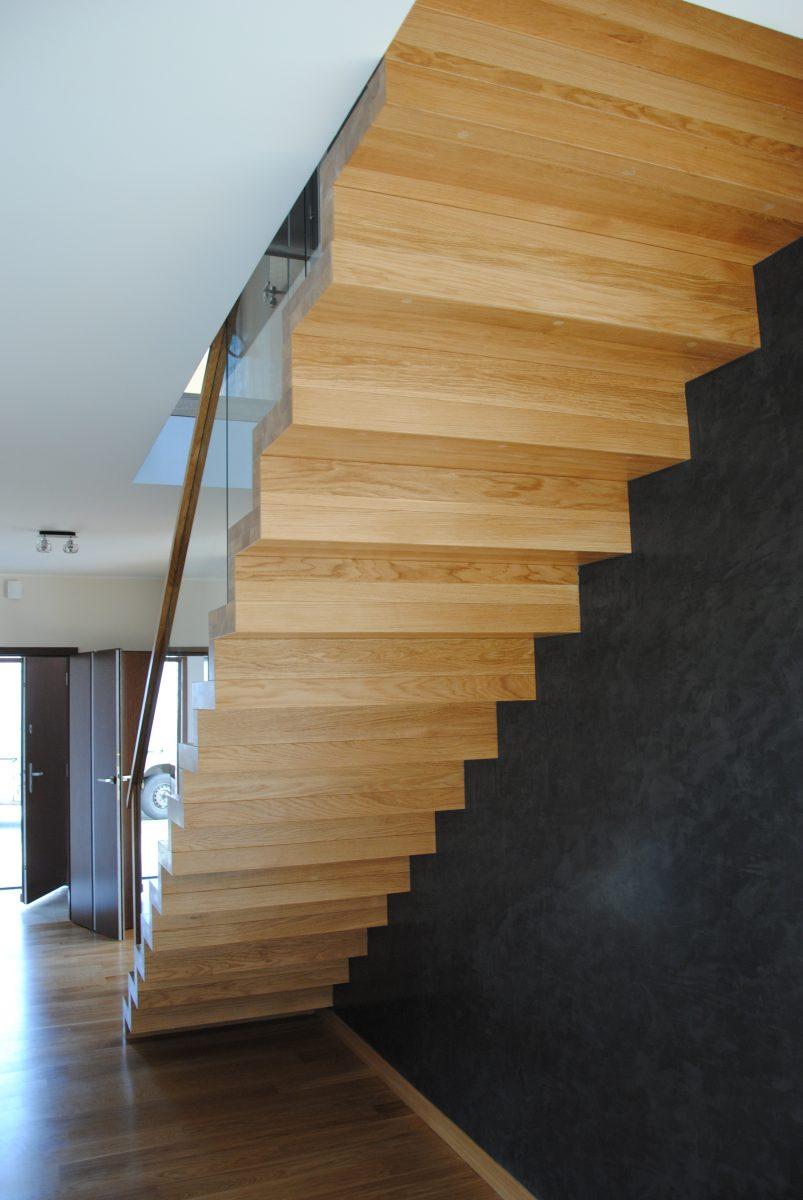 schody dębowe we Wrocławiu